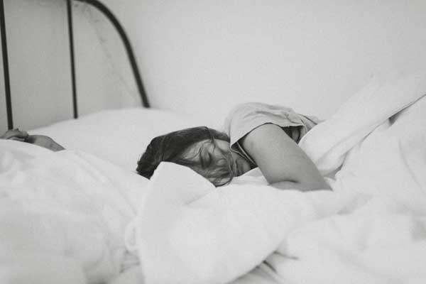 women need sleep